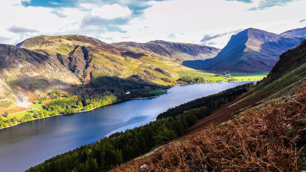 Stunning view of the rocky aesthetic that makes up the majestic Buttermere.