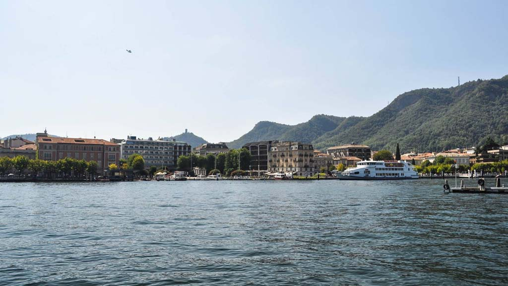 Just a small taste of Como on-show from the Diga Foranea Pier.