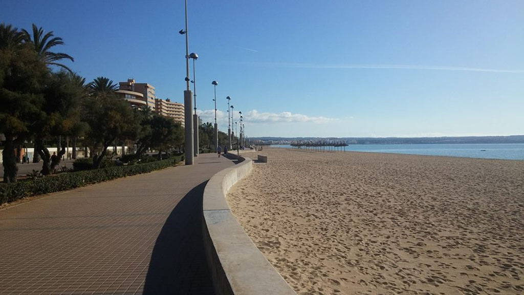 The wonderfully peaceful walk along the largely deserted Palma beach.